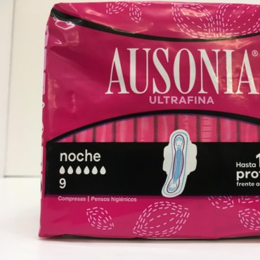 Pads AUSONIA Air Dry Night 9 units.